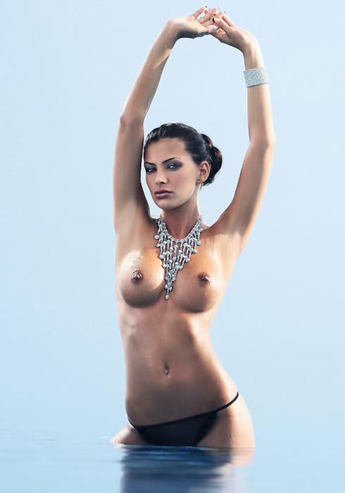 Nude photo malta