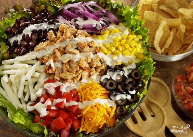салаты на новый год/5281519_novogodnii_sloenii_salat91596 (648x463, 315Kb)