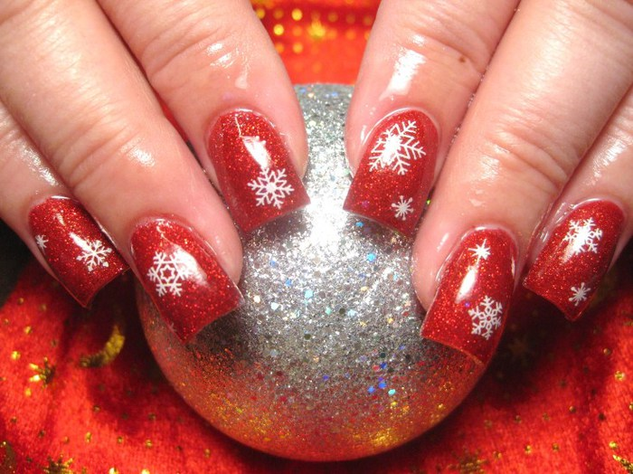 2804996_NailArtforChristmas (700x524, 105Kb)