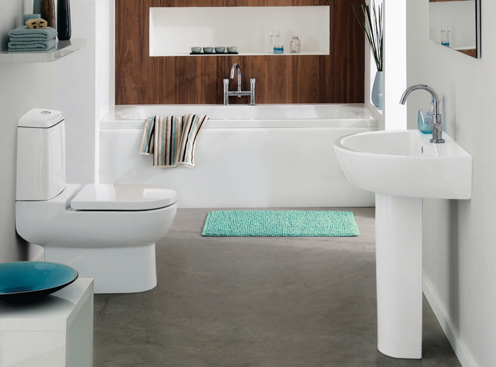 White-teal-and-aqua-marine-bathroom-with-wood-feature (700x518, 342Kb)