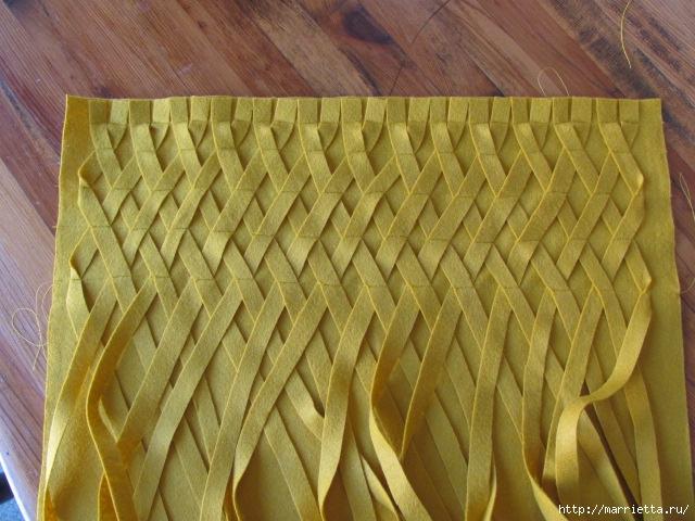 Декоративные подушки из фетра и войлока (17) (640x480, 236Kb)