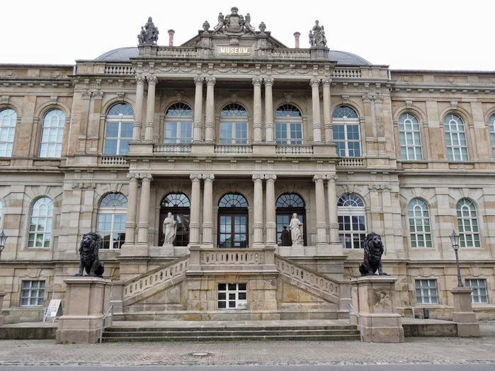 Herzogliche Museum GothaDSCN1160 (700x524, 144Kb)