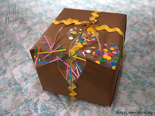Сердечки из скотча для праздничной упаковки подарков (10) (500x373, 101Kb)