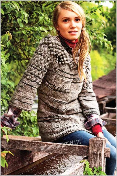 zhenskij-pulover-spitsami-s-obemnym-uzorom-foto (467x700, 452Kb)