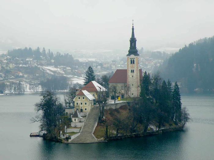 Остров Блед в Словении1а (700x525, 263Kb)