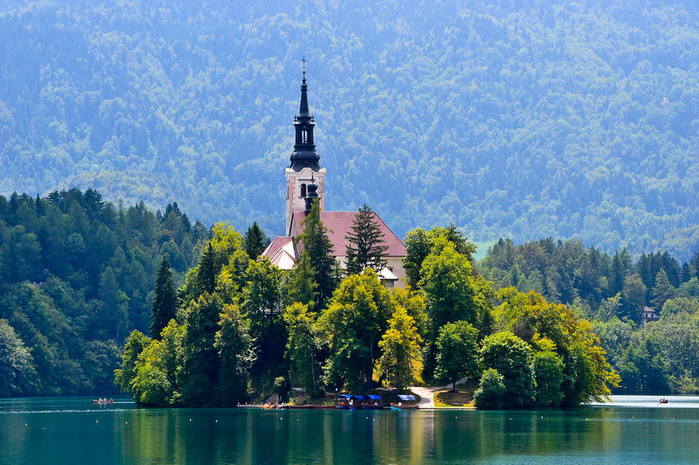 Остров Блед в Словении1б (700x465, 496Kb)