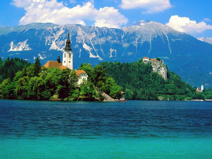 Остров Блед в Словении10 (700x525, 565Kb)