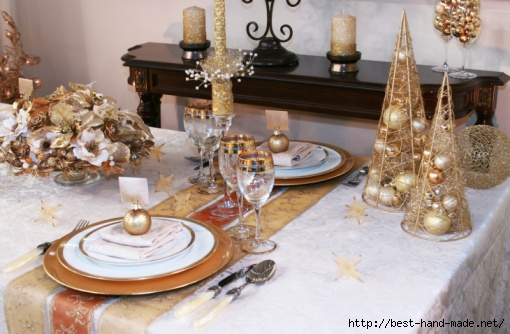 elegant_christmas_table_setting_decor_ideas_metallic_gold_silver_bronze_red_centerpiece_gold_rim_stemware_1354237540 (510x334, 147Kb)