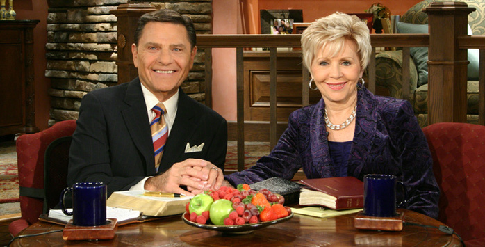 Kenneth_and_Gloria_Copeland_2011 (700x355, 141Kb)