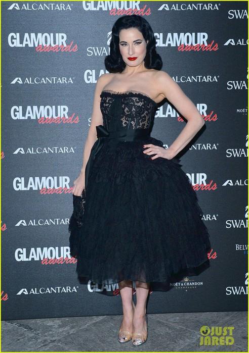 diane-kruger-dita-von-teese-glamour-awards-03 (492x700, 116Kb)