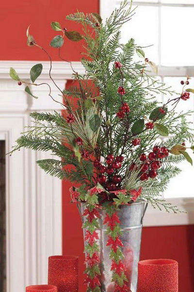 new-year-decorations-from-pine-branches-centerpiece2 (400x600, 246Kb)