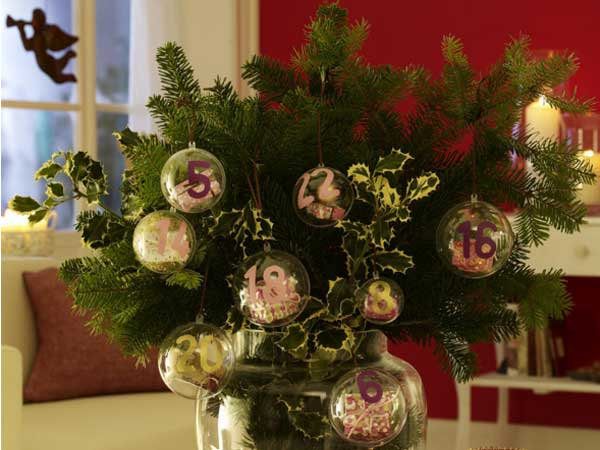 new-year-decorations-from-pine-branches-centerpiece8 (600x450, 238Kb)
