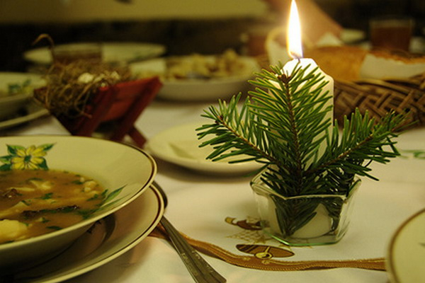 new-year-decorations-from-pine-branches-candles3 (600x400, 210Kb)