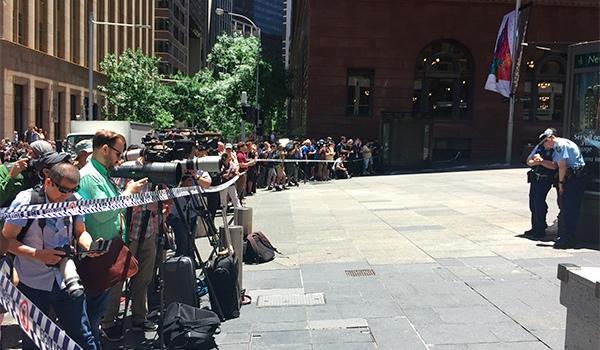 Австралия - захват заложников (600x350, 132Kb)