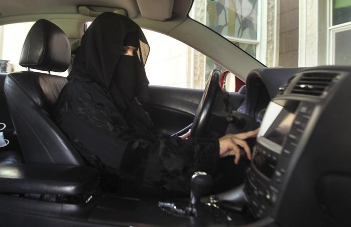 woman_driver (700x452, 176Kb)