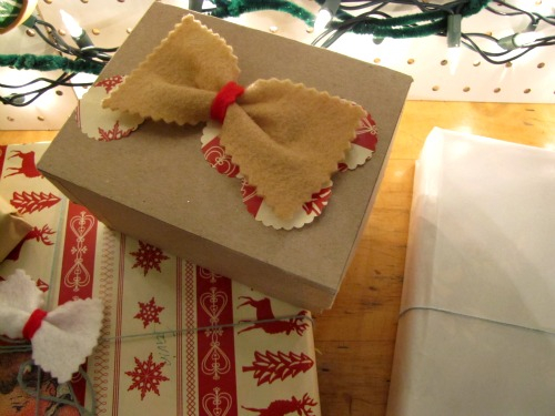 new-year-gift-wrapping-themes6-9 (500x375, 184Kb)