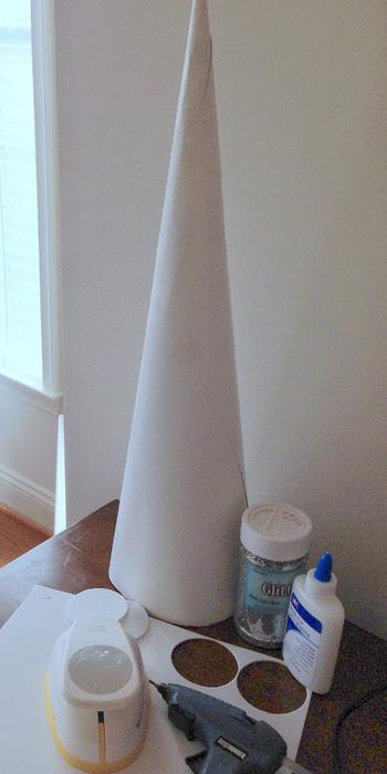 Новогодняя елочка из фоамирана. Мастер-класс (1) (350x700, 238Kb)