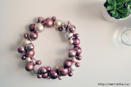 Новогодние венки из елочных шаров (23) (500x334, 60Kb)