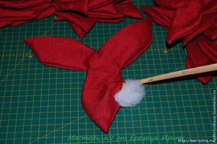 Рождественская пуансеттия из ткани (4) (700x464, 245Kb)