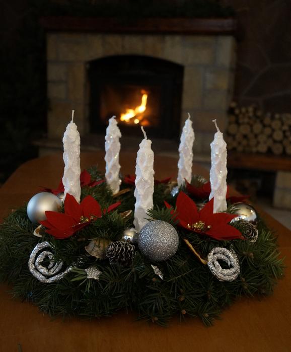 Венок новогодний для свечей