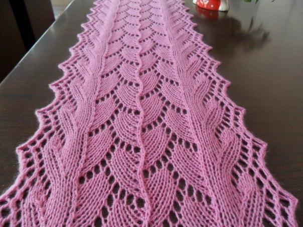 Ажурный шарф спицами . 1799-10