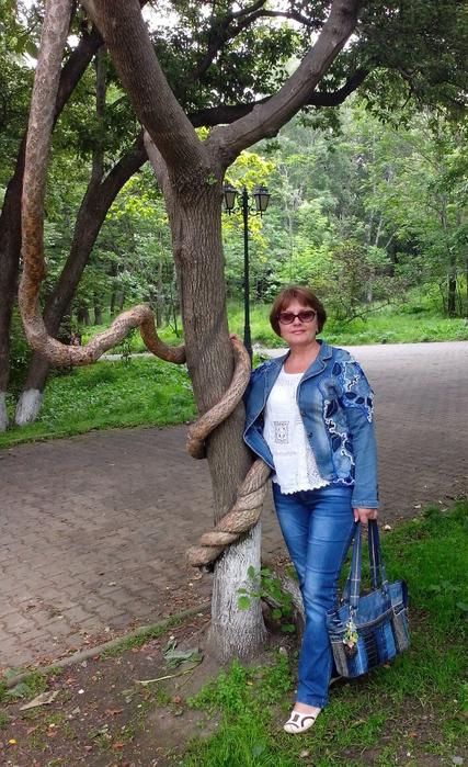 Костюм  Наталья Жиленкова 39 (427x700, 434Kb)