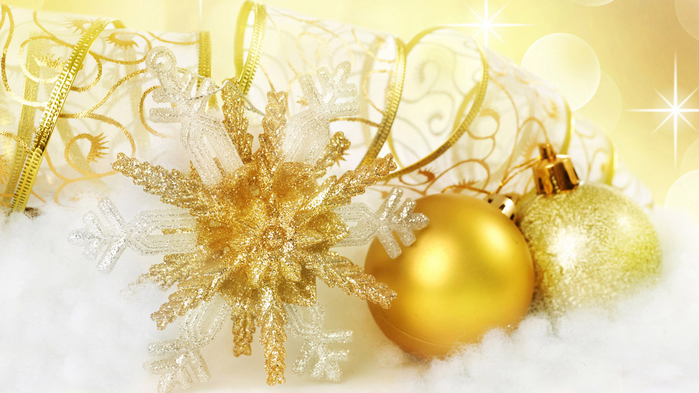 Christmas-toys-wallpaper-1366x768 (700x393, 340Kb)
