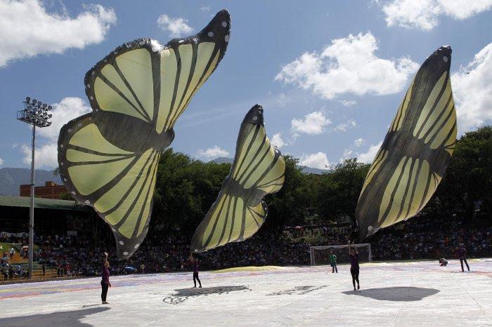 фестиваль воздушных шаров в мексике 2 (700x466, 250Kb)