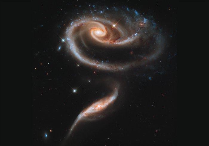 фотографии с телескопа хаббл 4 (700x491, 96Kb)