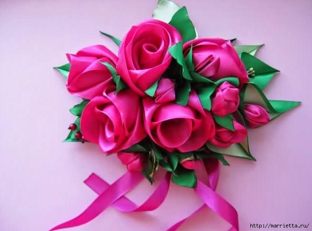 Декор для штор из лент - композиция из нераскрывшихся роз, бутонов и листьев (633x469, 128Kb)