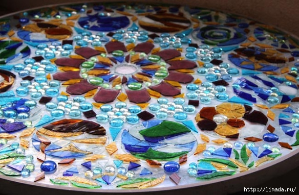 stained-glass-mosaic-light-apieceofrainbow-11 (584x382, 197Kb)