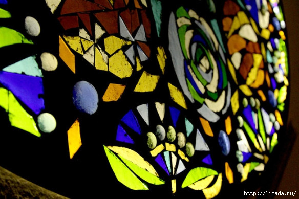 stained-glass-mosaic-light-apieceofrainbow-19 (584x389, 165Kb)