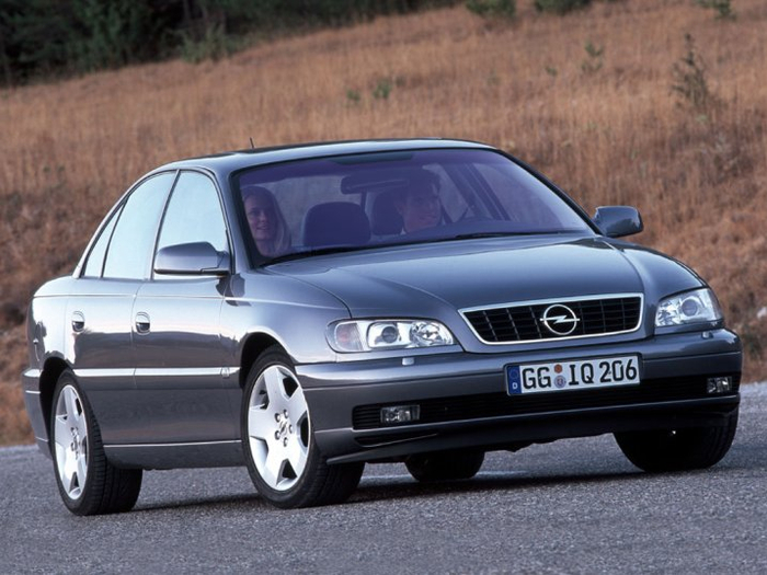 Opel_Omega_Sedan_1999 (700x525, 328Kb)