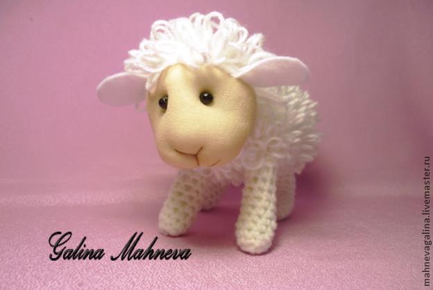 Вязаная овечка — малютка. Изумительно подробный и качественный мастер-класс!/1783336_141219161454 (624x418, 23Kb)