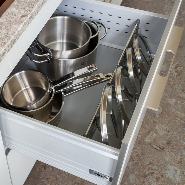 pot-lids-organizer-ideas6-3 (600x600, 260Kb)