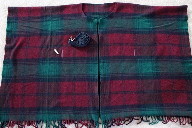 wool-blanket-coat-measure-and-mark-belt-loops (620x413, 188Kb)