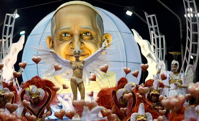 карнавал в честь папы римского аргентина 3 (700x427, 355Kb)