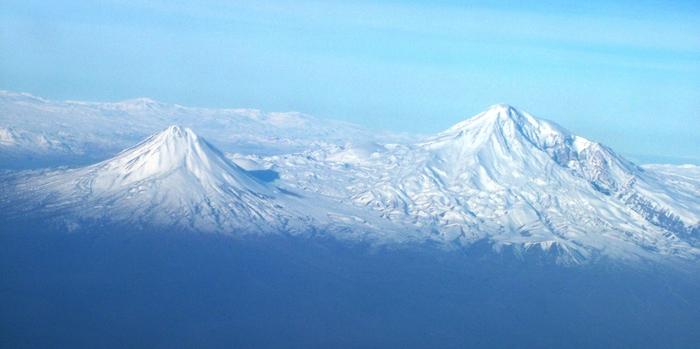 Гора Арарат (вид со стороны