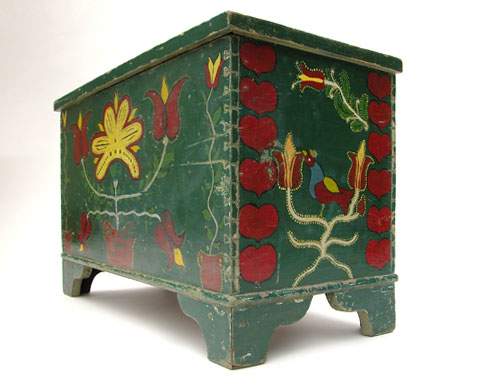 56672650_1269016690_PA_Painted_Chest_L4 (500x375, 36Kb)