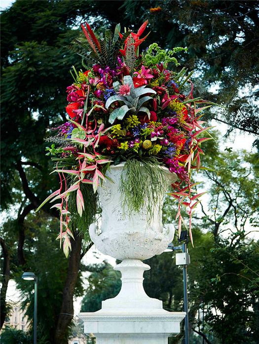 японский флорист Адзума Макото 1 (525x700, 644Kb)