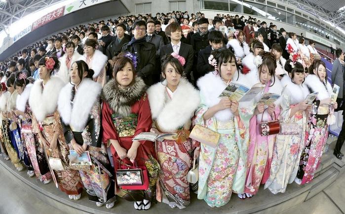 праздник совершеннолетия в японии 4 (700x435, 404Kb)