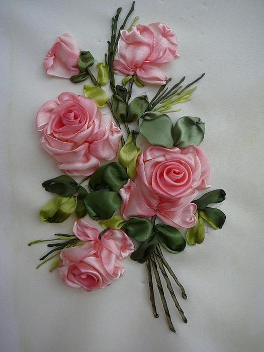 Вышивка лентами шикарные розы 286