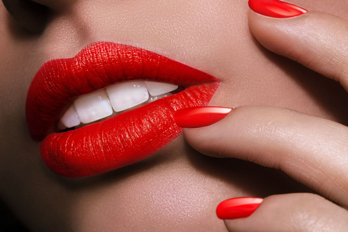 beautiful_lips_01 (700x466, 96Kb)