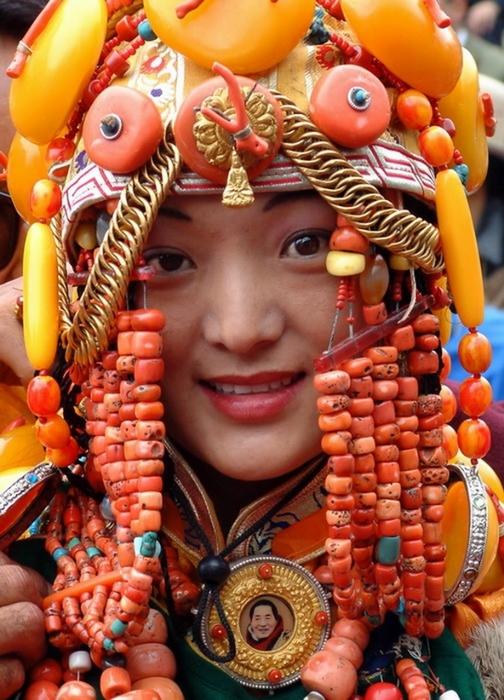 национальные костюмы жителей тибета 5 (504x700, 296Kb)