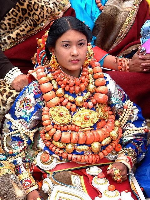 национальные костюмы жителей тибета 9 (481x640, 415Kb)