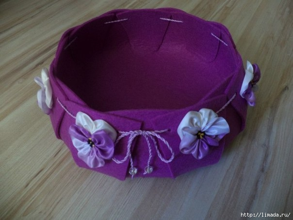 Creative-Ideas-DIY-Easy-and-Pretty-Felt-Basket-9 (604x453, 123Kb)