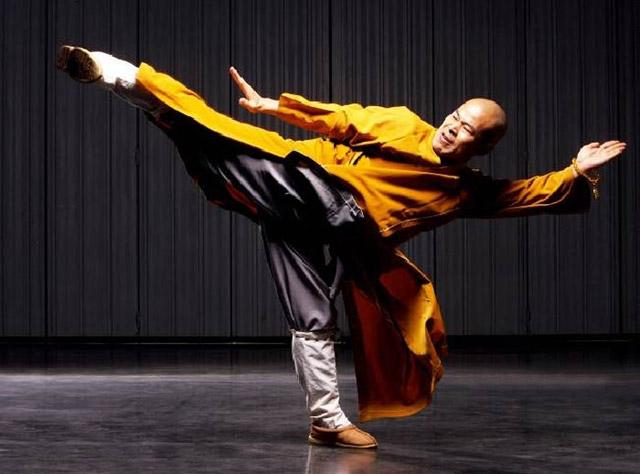 Шаолиньский монах2 (640x474, 167Kb)