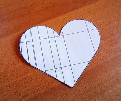 caja-regalo-de-papel-forma-corazon-san-Valentin3 (400x334, 140Kb)