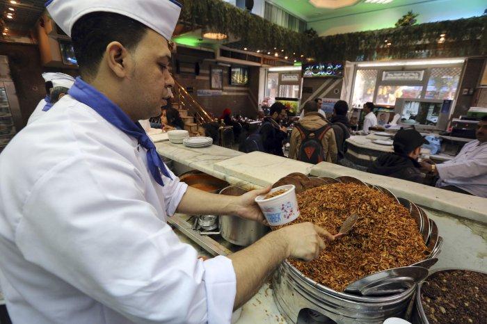 традиционное арабское блюдо кошари 1 (700x466, 289Kb)