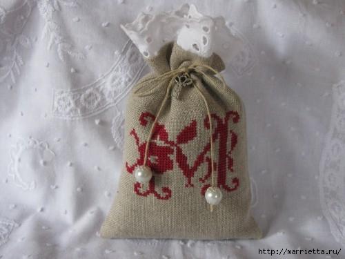 Миниатюрная винтажная вышивка (33) (500x375, 97Kb)